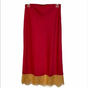 URBAN OUTFITTERS RED SKIRT SIZE M. NEW.
